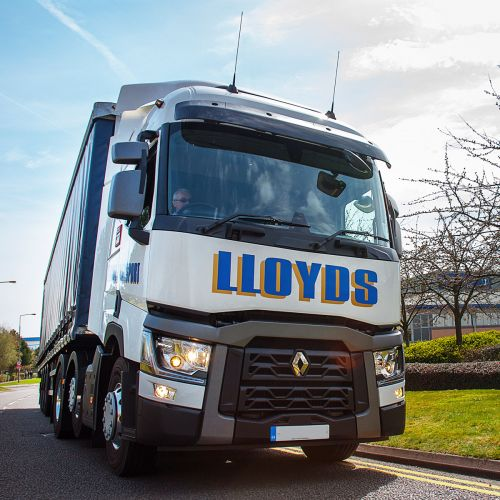 Lloyds Transport Tractor Unit
