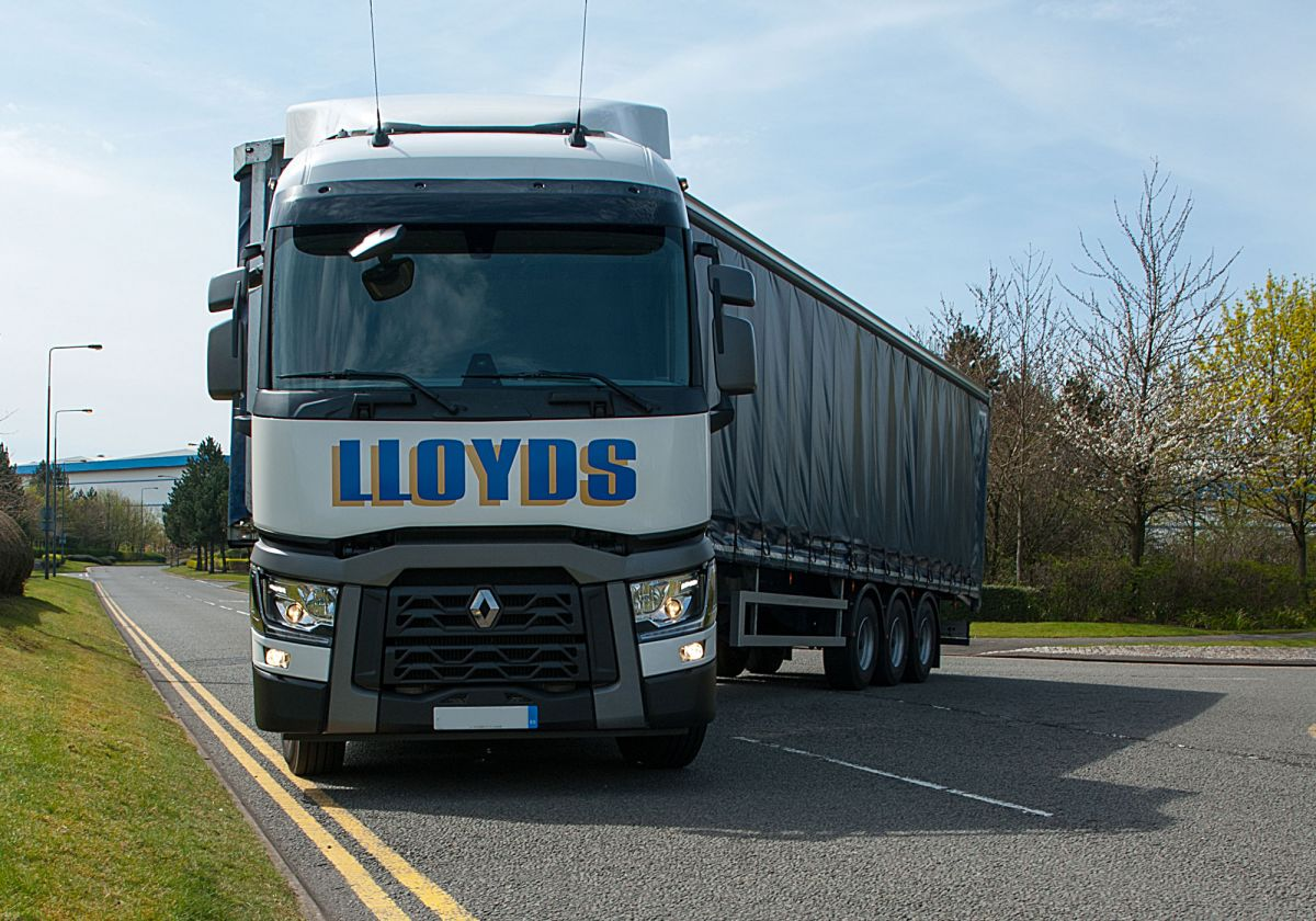 Lloyds Vehicle Turning